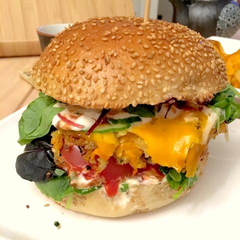 Das ist Leela, der vegane Burger