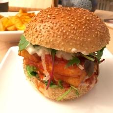 Und das ist der stolze Halloumi-Burger