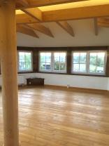 Der Yoga-Raum mit Panorama-Blick