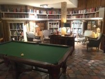 "Billard in der ""Bibliothek"""
